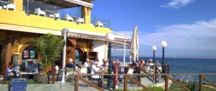 SOLGT* Penthouse på Punta Prima med havutsikt.