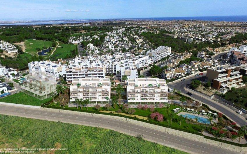 Lekre leiligheter med store terrasser midt i mellom 3 golfbaner.