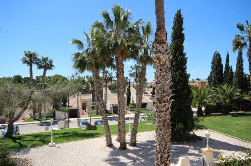 *SOLGT* Rekkehus i Villa Martin med  terasse og felles svømmebasseng