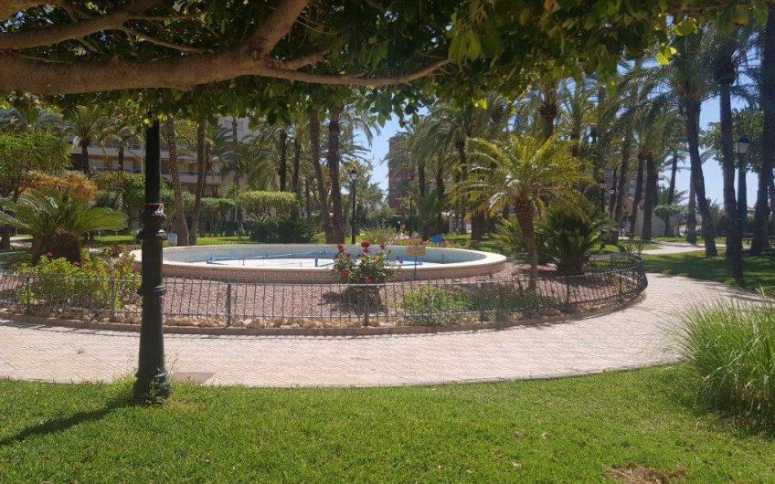 Fin, nyrenovert leilighet i Urb. La Palmeral, Los Locos