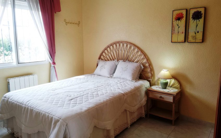 *RESERVERT* Villa i San Luis med stor hage, takterasse og privat basseng