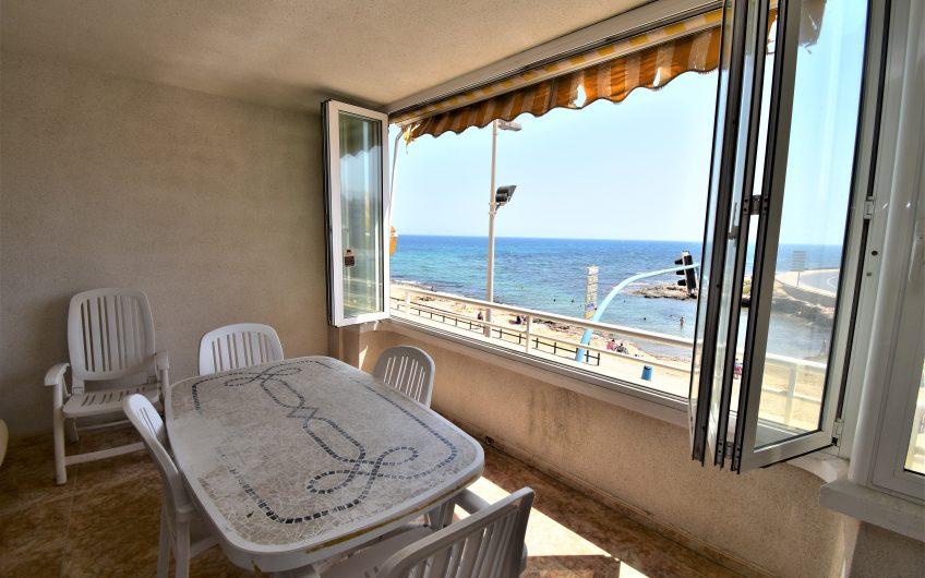 *SOLGT*Playa Los Locos. Leilighet på første linje med havutsikt og garasje