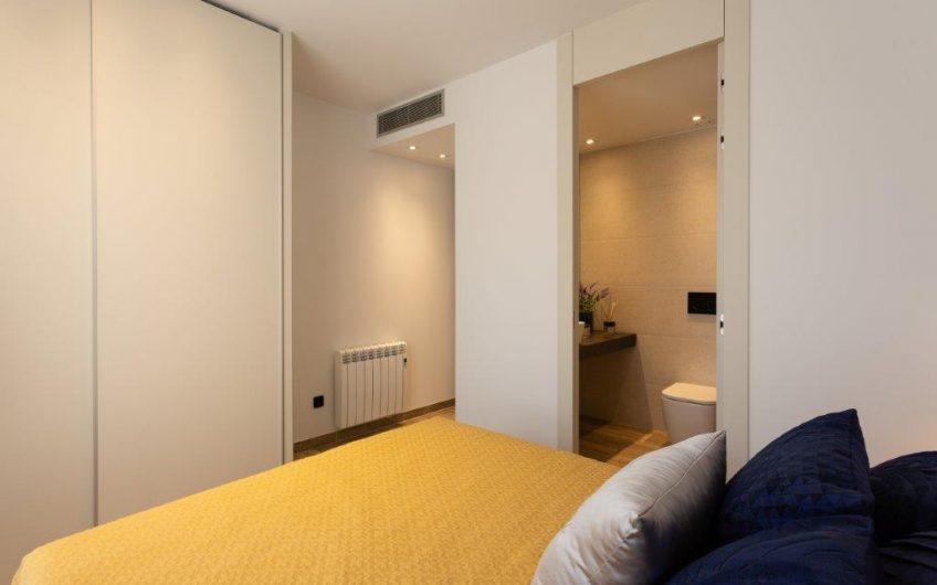 Punta Prima. Luksusleiligheter i flott kompleks med jacuzzi, badstue og ute gym.