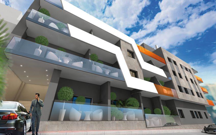 Torrevieja Sentrum. Flotte leiligheter med felles oppvarmet saltvannsbasseng kun 900 meter fra strandpromenaden.