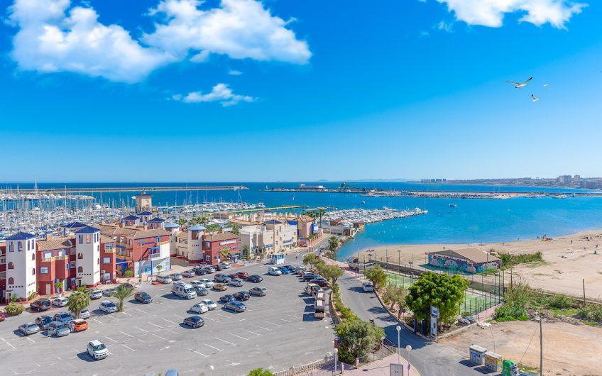 *RESERVERT* Torrevieja, Playa Acequión. Sydvendt toppleilighet med havutsikt
