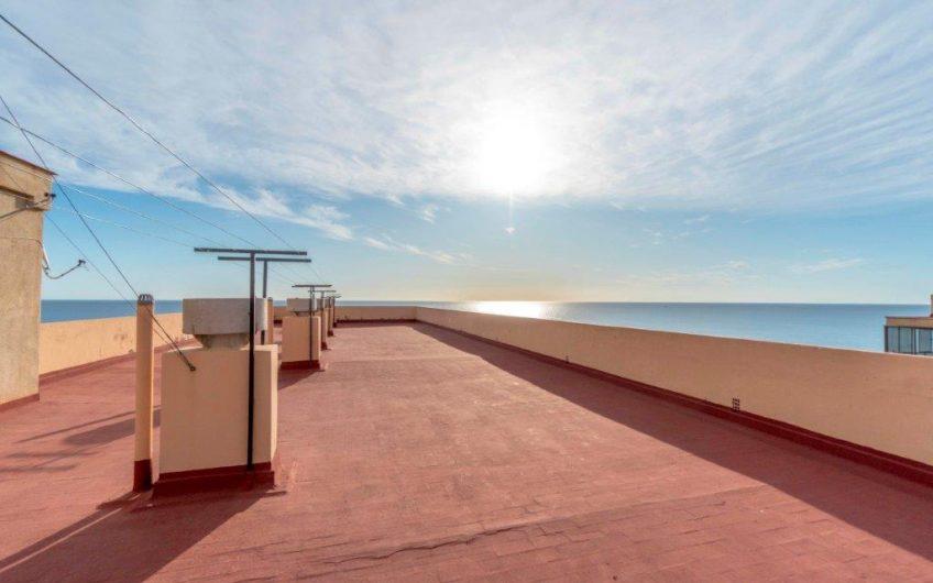 Cabo Cervera. Toppleilighet med stort potensiale 150 meter fra havet med fantastisk havutsikt