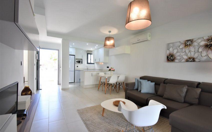 *SOLGT* Herlig leilighet i Res. Oasis Beach 7 på Punta Prima.