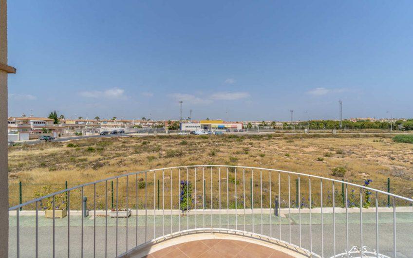 *SOLGT* Playa Flamenca- Residencial Avalon. Firemannsbolig med felles bassengområde.