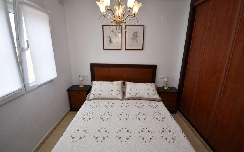 *SOLGT* Flott Rekkehus i Aguas Nuevas, Residencial Rocio. Nær by og strand.