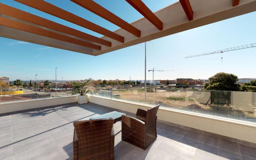 """Alba Salina Villas"" elegante, eksklusive villaer i boligområdet La Herrada utenfor Montesinos."
