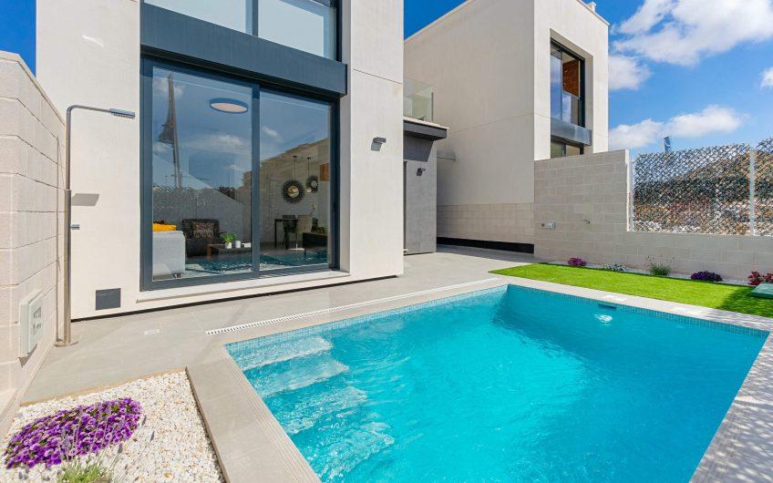 Lekre sydvendte villaer med privat basseng i Villamartín.
