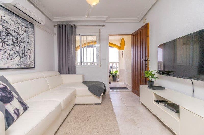 *SOLGT* Kjempefin renovert toppleilighet med privat takterrasse i Torrevieja