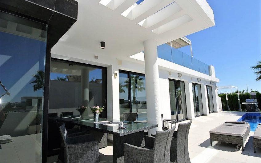 Fantastisk villa i San Fulgencio, Urb. La Marina
