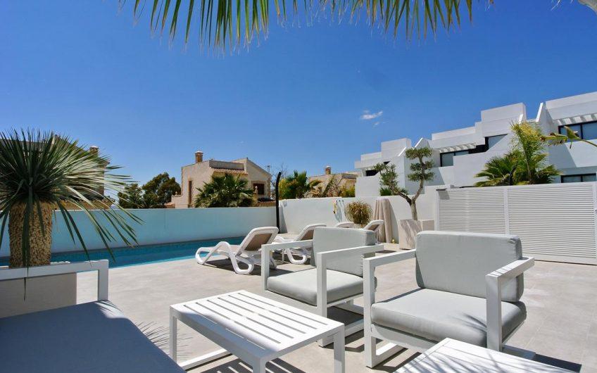 Flott Villa i rekke i San Fulgencio, La Marina