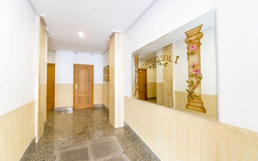 Knallfin Penthouse ved kirkeplassen i Torrevieja. 189 m2 bolig og 30 m2 terrasse.