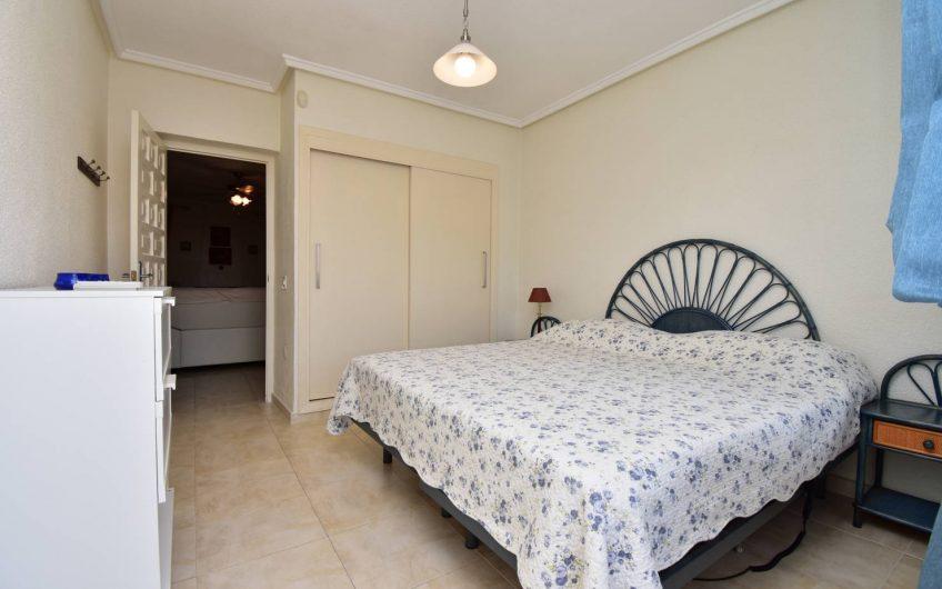 Herlig Villa med stor privat tomt og basseng i Ciudad Quesada