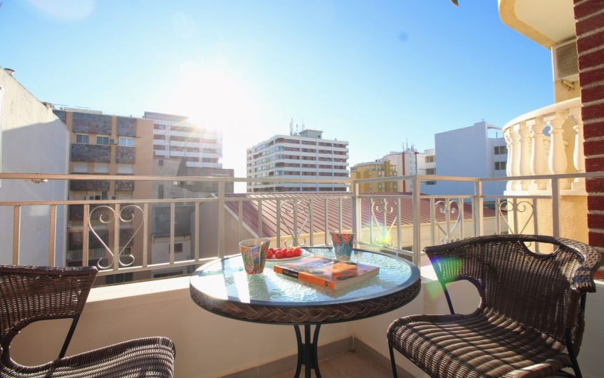 *RESERVERT* Fin nyrenovert leilighet ved Playa del Acequión.