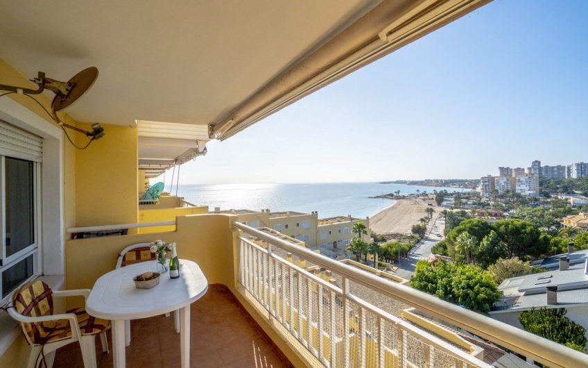 Penthouse første linje med fantastisk utsikt over stranden og havet på Dehesa de Campoamor.