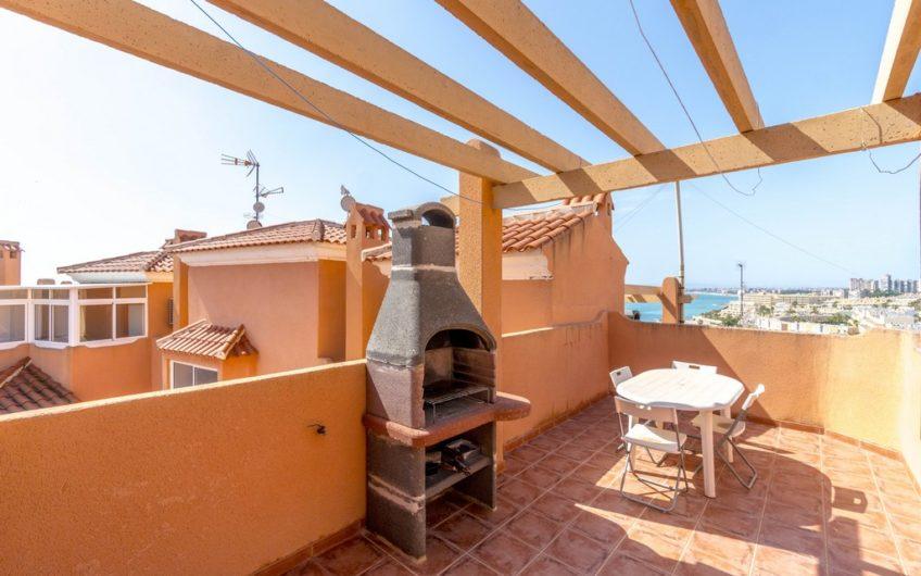 Penthouse med takterrasse og havutsikt på Cabo Roig