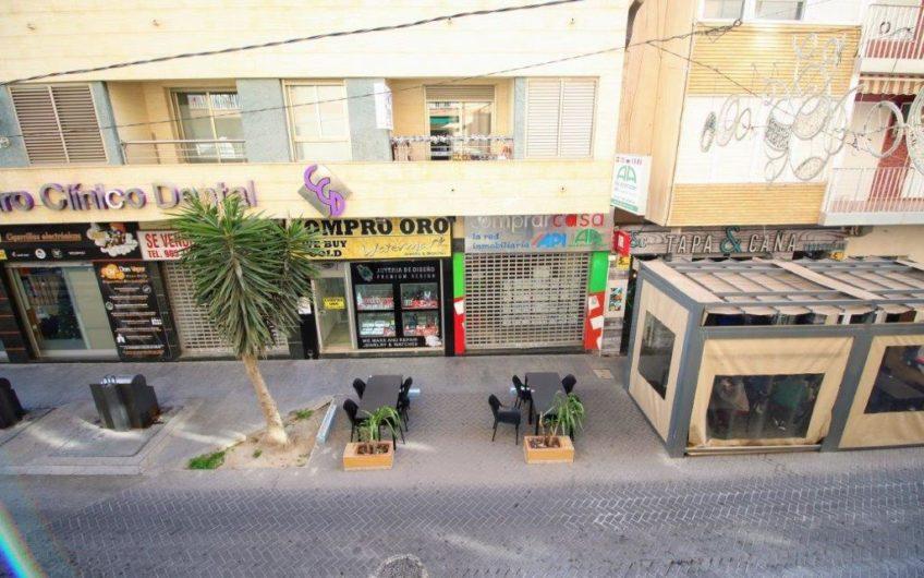 Totalrenovert leilighet midt i Torrevieja sentrum.